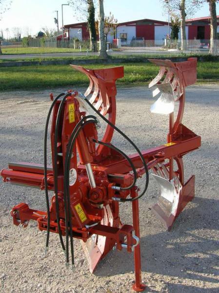 Galleria fotografica di O.M.A.G. Officina Meccanica Agricola